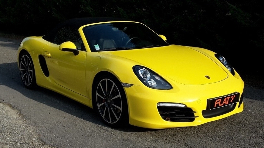 occasion porsche boxster s type 981 jaune racing chez flat. Black Bedroom Furniture Sets. Home Design Ideas