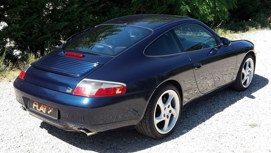 occasion porsche 911 carrera 4 type 996 bleu oc an chez flat 69 lyon r gion rh ne alpes. Black Bedroom Furniture Sets. Home Design Ideas