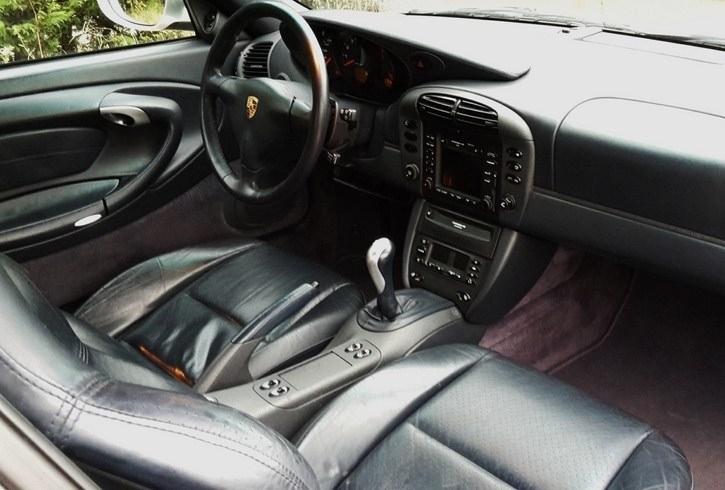 occasion porsche 911 carrera cabriolet type 996 gris arctique chez flat 69 lyon r gion rh ne. Black Bedroom Furniture Sets. Home Design Ideas